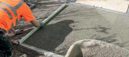 Aanbrengen drainagemortel en afreien tot 4cm